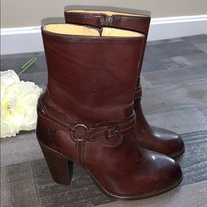 FRYE Boots Brown Heeled size 8